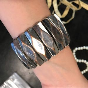 NEW DEAL bronze silver stretchy statement bracelet